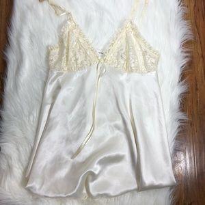 Victoria's Secret Large Night Dress Slip White m14